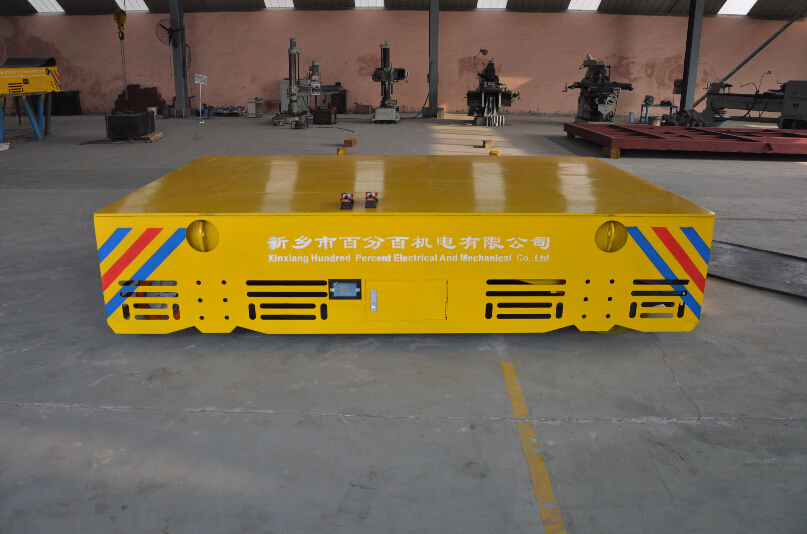 Low noise rubber-coated mechanical trolley